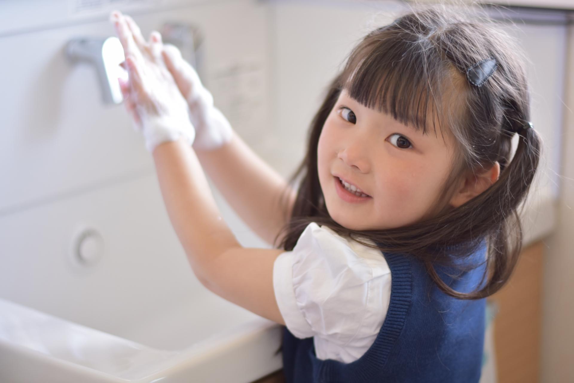 手洗い 歌 お願い カメ さん の